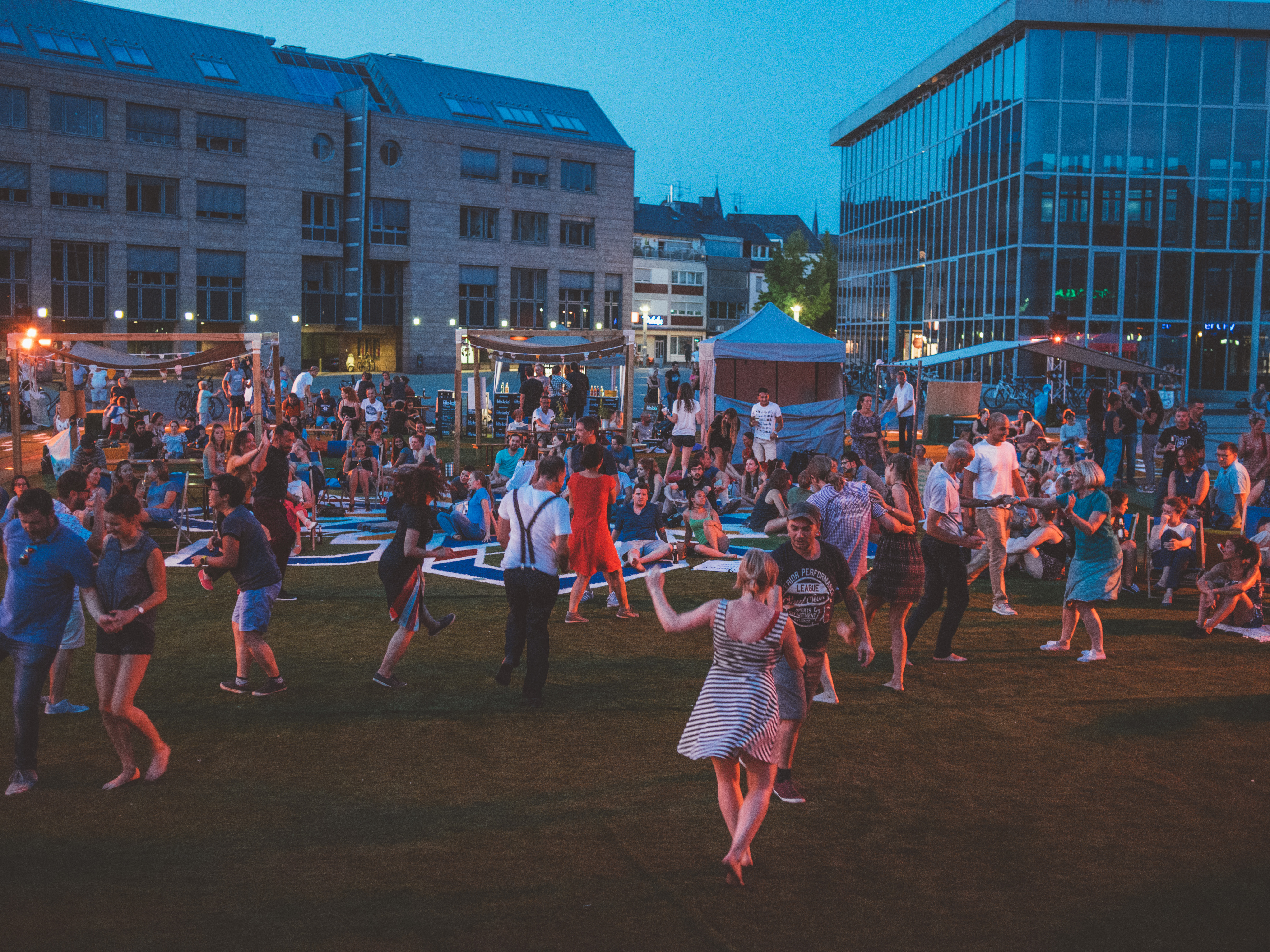 event space, festival, Spatial design, Inclusive, Pop up park, Temporary, resilience, from space to place, Social design, Urban Space, astroturf